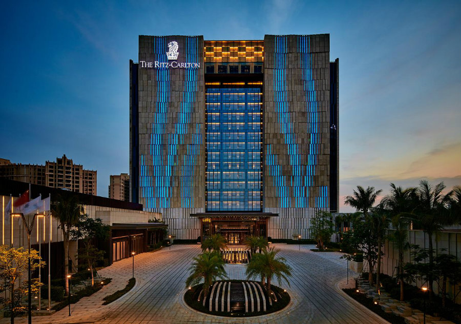 Best Luxury hotel restaurants - Ritz Carlton Haikou