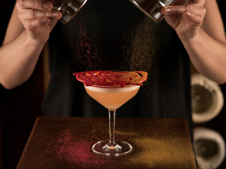Luxury cocktails at Hong Kong Club