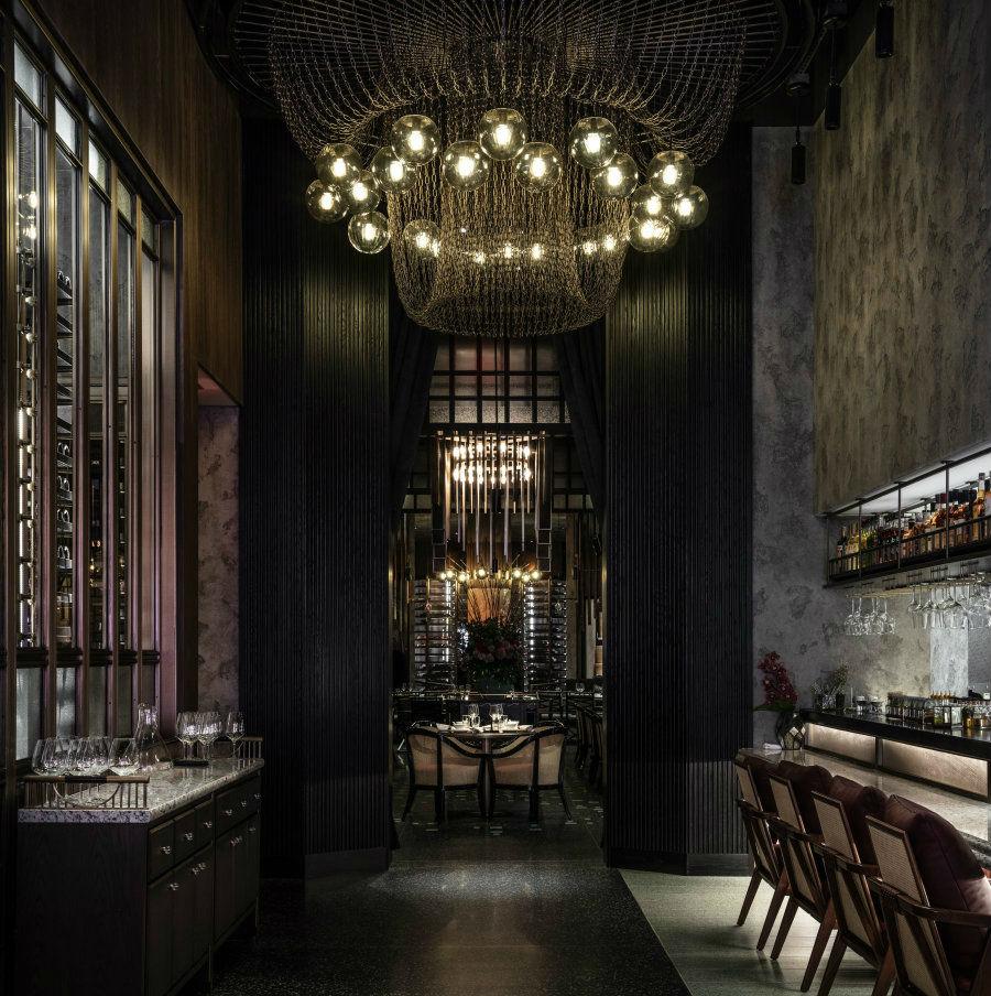 Restaurant dining lighting ideas at Mott 32 Las Vegas