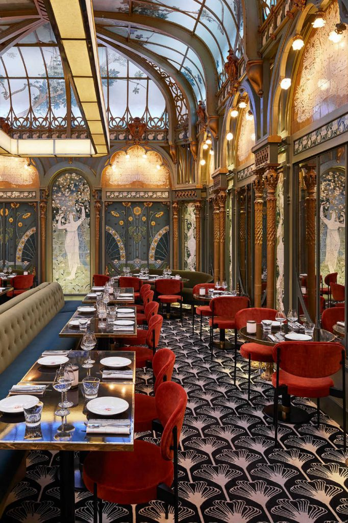 Restaurant Interior Design Ideas by Humbert Poyet
